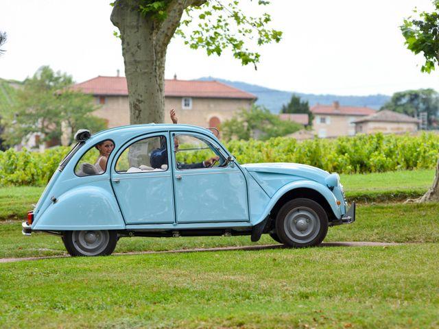 Le mariage de Bastien et Gaelle à Saint-Lager, Rhône 14