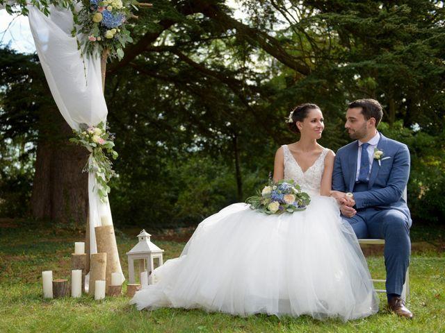 Le mariage de Bastien et Gaelle à Saint-Lager, Rhône 16