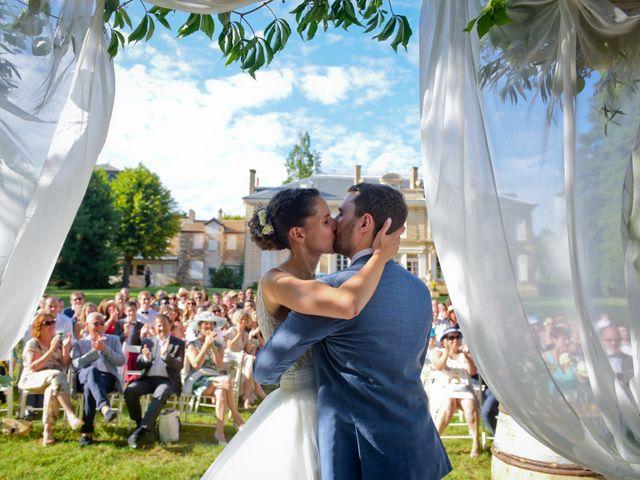 Le mariage de Bastien et Gaelle à Saint-Lager, Rhône 22