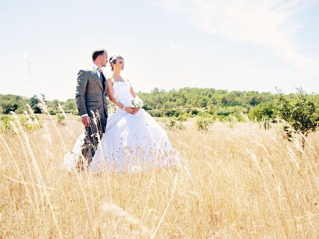 Le mariage de Olivier et Megane à Nîmes, Gard 18