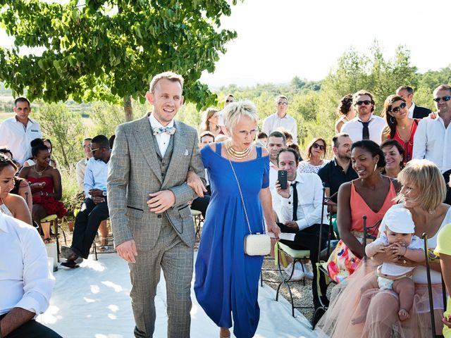 Le mariage de Olivier et Megane à Nîmes, Gard 26