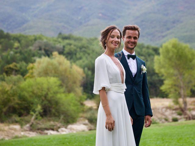 Le mariage de Thomas et Margaux à Saint-Martin-de-Castillon, Vaucluse 28