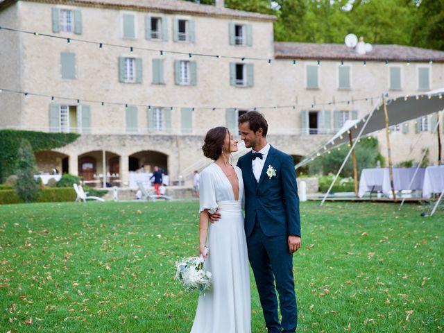 Le mariage de Thomas et Margaux à Saint-Martin-de-Castillon, Vaucluse 29
