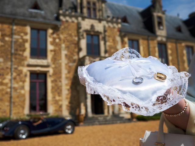 Le mariage de John et Elodie à Tuffé, Sarthe 34