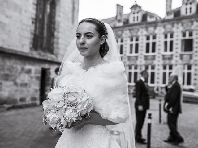 Le mariage de John et Elodie à Tuffé, Sarthe 36