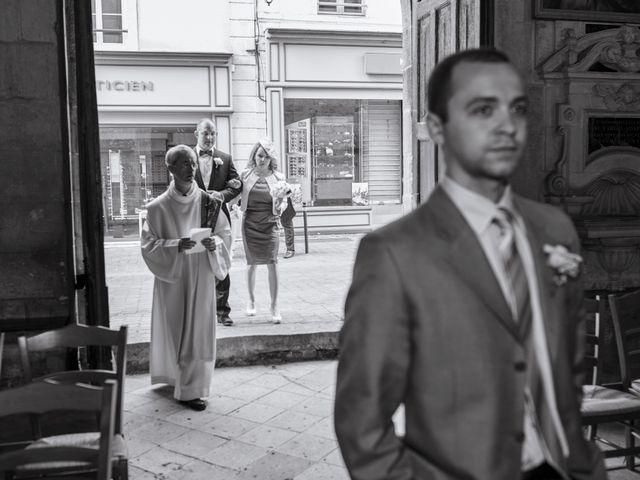 Le mariage de John et Elodie à Tuffé, Sarthe 38