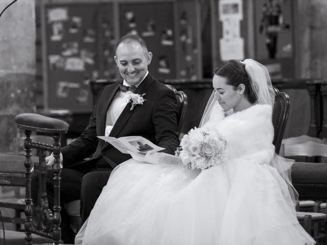 Le mariage de John et Elodie à Tuffé, Sarthe 42