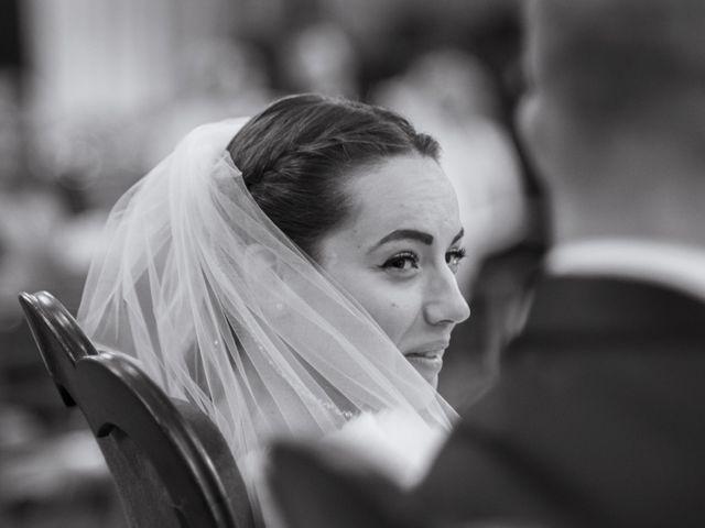 Le mariage de John et Elodie à Tuffé, Sarthe 44