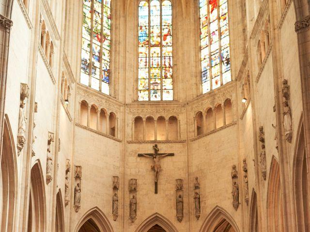 Le mariage de John et Elodie à Tuffé, Sarthe 49