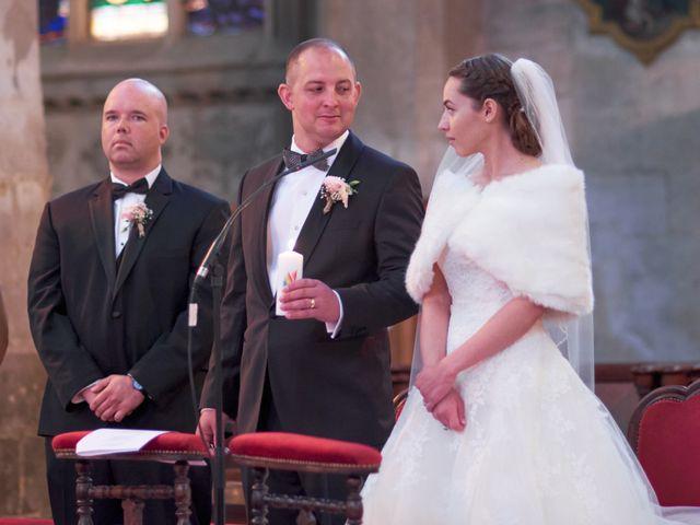 Le mariage de John et Elodie à Tuffé, Sarthe 52