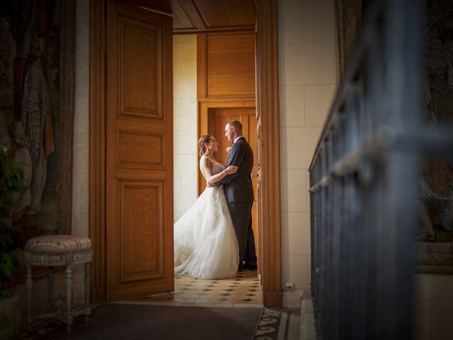 Le mariage de John et Elodie à Tuffé, Sarthe 75