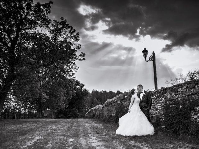 Le mariage de John et Elodie à Tuffé, Sarthe 88
