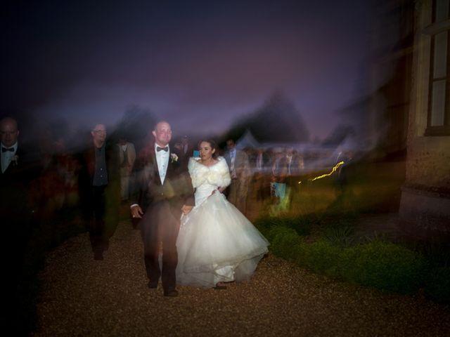 Le mariage de John et Elodie à Tuffé, Sarthe 103