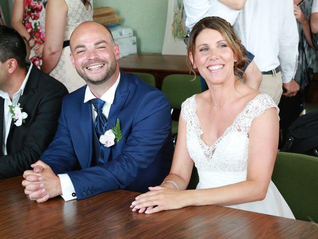 Le mariage de Roro et Aurelie à Valdieu, Haut Rhin 21