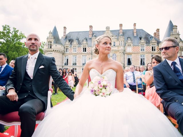 Le mariage de Houcine et Fabienne à Paris, Paris 12