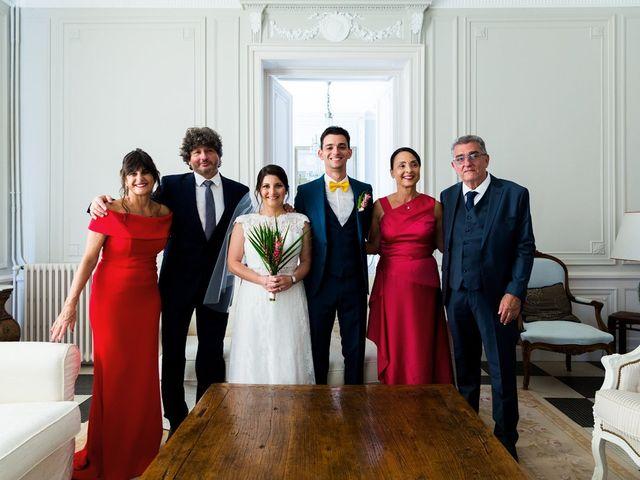 Le mariage de Xavier et Chloe à Lignan-de-Bordeaux, Gironde 24