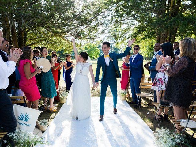 Le mariage de Xavier et Chloe à Lignan-de-Bordeaux, Gironde 33