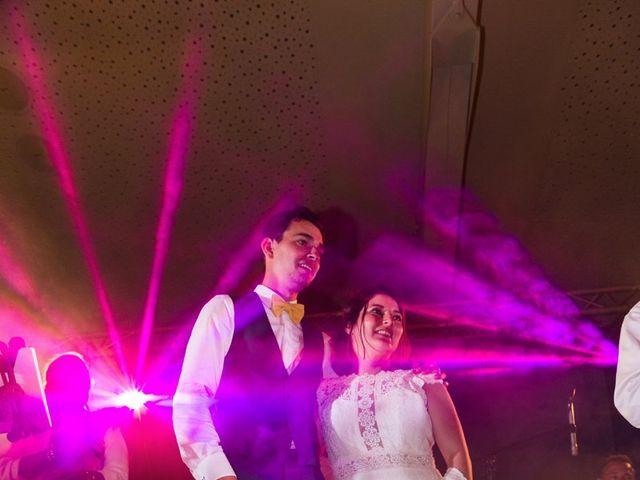 Le mariage de Xavier et Chloe à Lignan-de-Bordeaux, Gironde 42