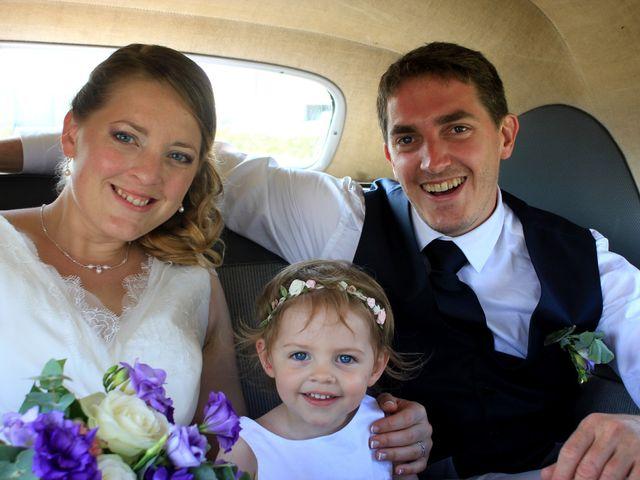 Le mariage de Vincent et Virginie à Aigonnay, Deux-Sèvres 25