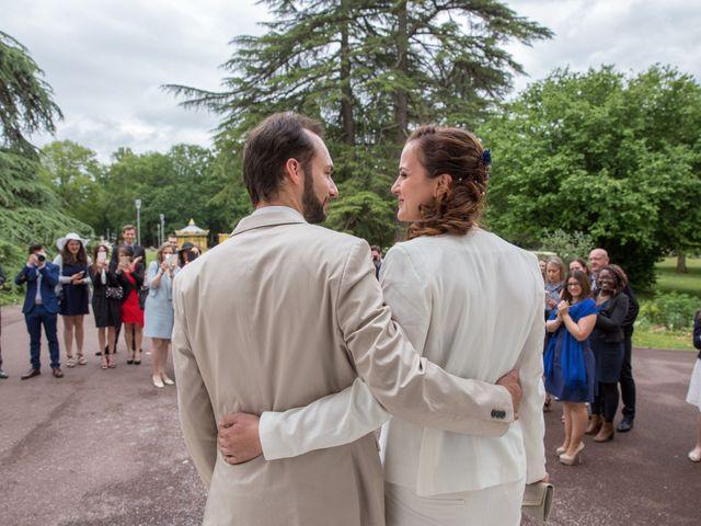 Le mariage de Alexandre et Claire à Cabanac-et-Villagrains, Gironde 7