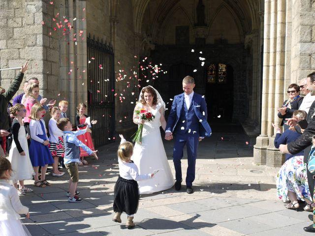 Le mariage de Thierry et Johanna à Saint-Pol-de-Léon, Finistère 9