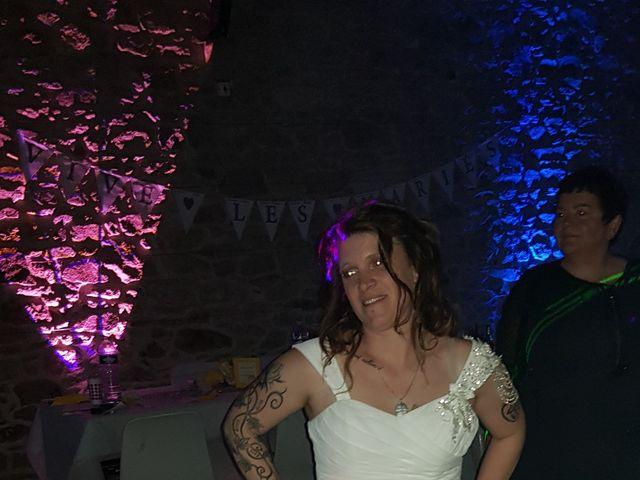 Le mariage de Thierry et Johanna à Saint-Pol-de-Léon, Finistère 29