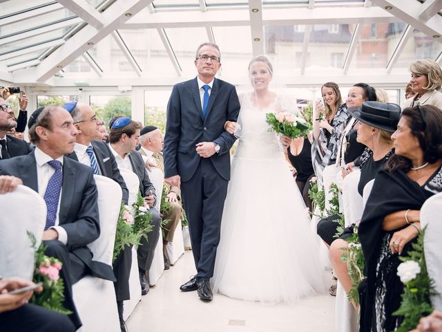 Le mariage de David et Julie à Paris, Paris 10