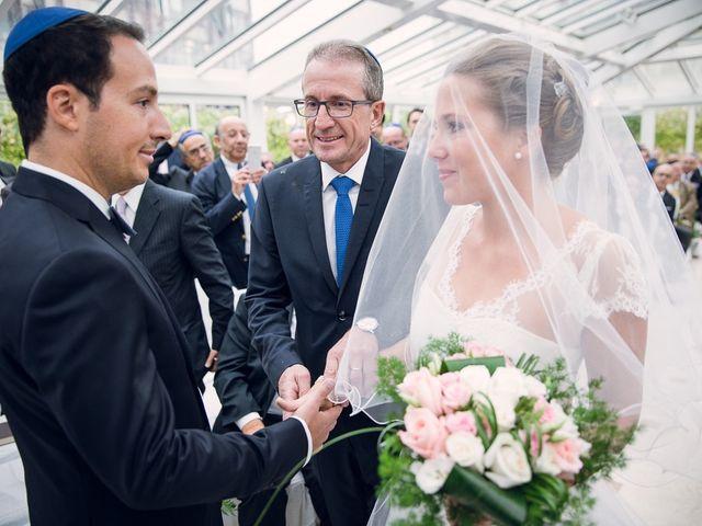 Le mariage de David et Julie à Paris, Paris 12