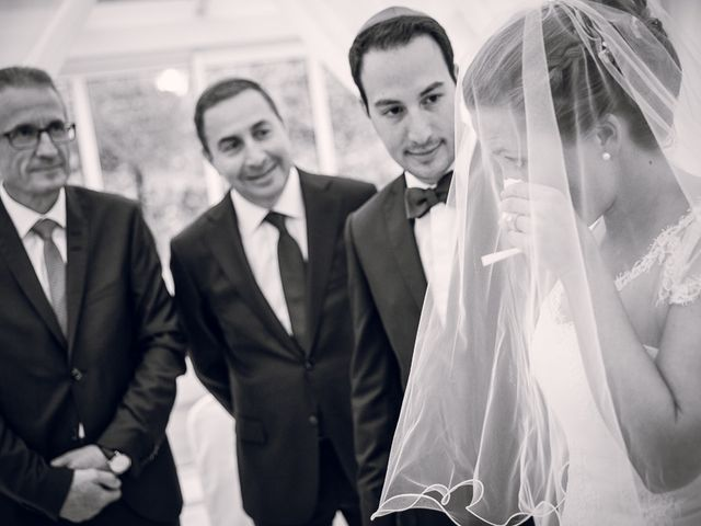 Le mariage de David et Julie à Paris, Paris 13