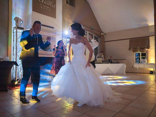 Le mariage de Yanis et Marie à Volmerange-les-Mines, Moselle 3