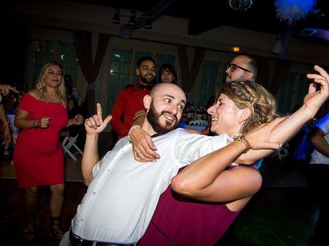Le mariage de Simon et Céline à Bédarrides, Vaucluse 27