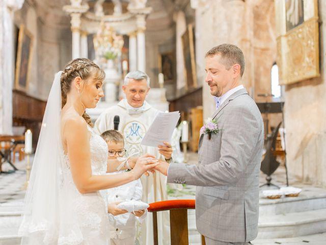 Le mariage de Julien et Lorraine à Grasse, Alpes-Maritimes 29