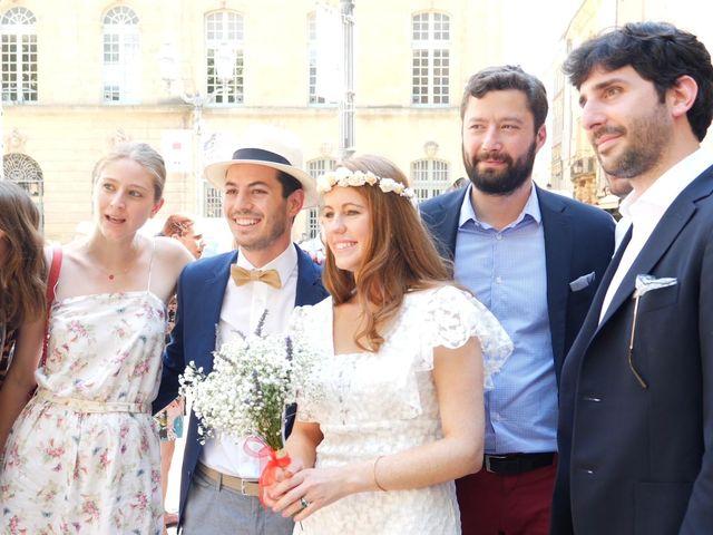 Le mariage de Xavier et Caroline à Saint-Martin-de-Castillon, Vaucluse 4