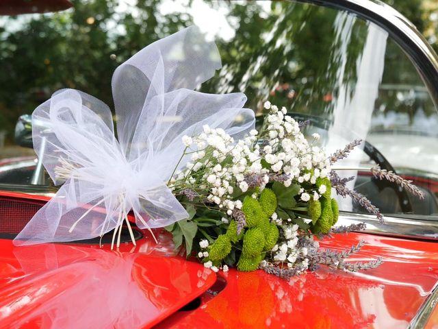 Le mariage de Xavier et Caroline à Saint-Martin-de-Castillon, Vaucluse 10