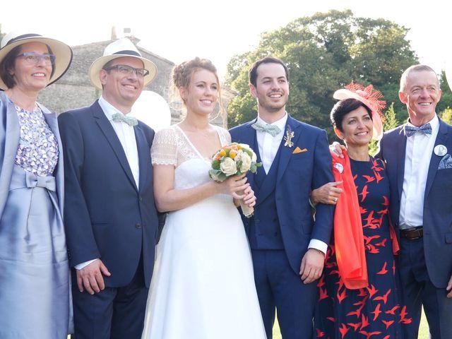 Le mariage de Xavier et Caroline à Saint-Martin-de-Castillon, Vaucluse 26