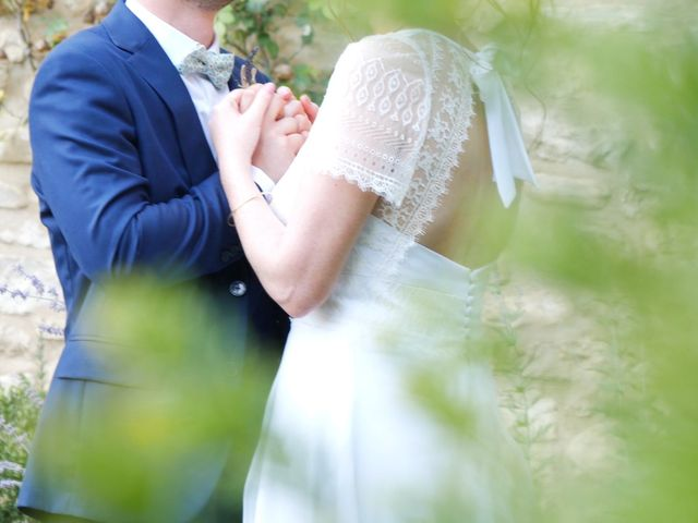 Le mariage de Xavier et Caroline à Saint-Martin-de-Castillon, Vaucluse 31