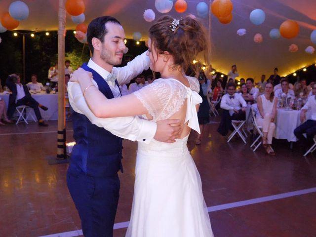 Le mariage de Xavier et Caroline à Saint-Martin-de-Castillon, Vaucluse 39