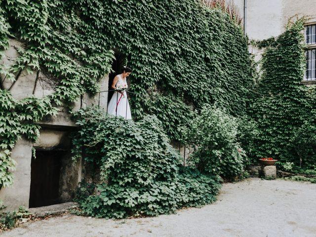 Le mariage de Josselin et Sixtine à Piolenc, Vaucluse 9