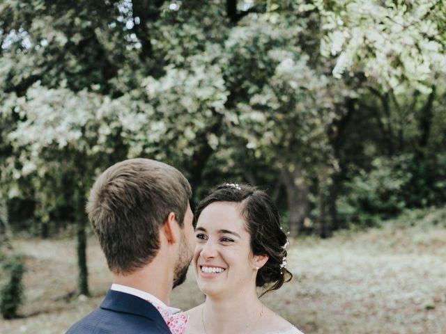 Le mariage de Josselin et Sixtine à Piolenc, Vaucluse 16