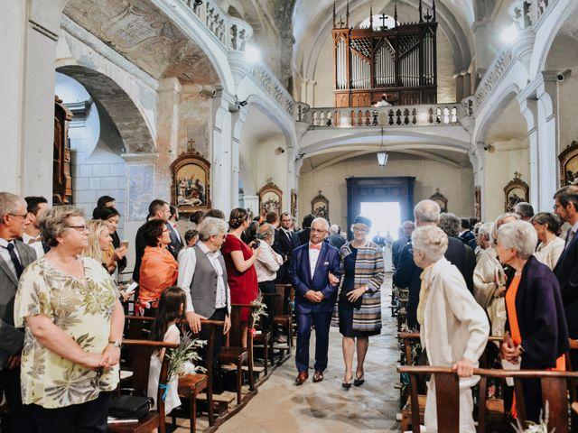 Le mariage de Josselin et Sixtine à Piolenc, Vaucluse 27