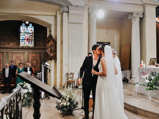 Le mariage de Josselin et Sixtine à Piolenc, Vaucluse 29