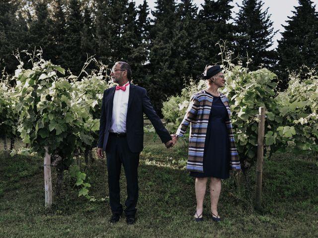 Le mariage de Josselin et Sixtine à Piolenc, Vaucluse 51