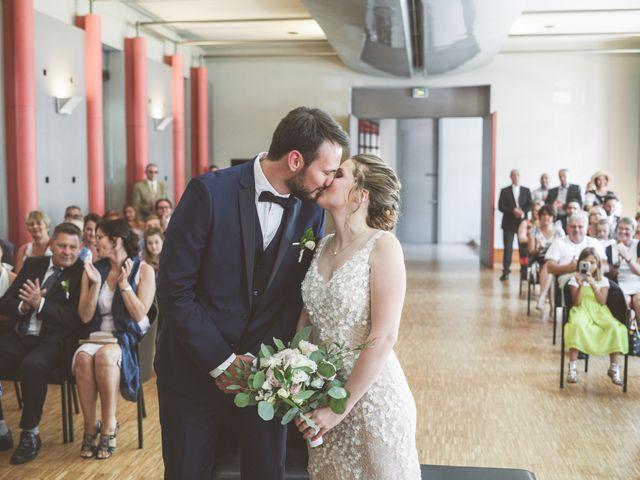 Le mariage de Erwan et Laura à Romans-sur-Isère, Drôme 16