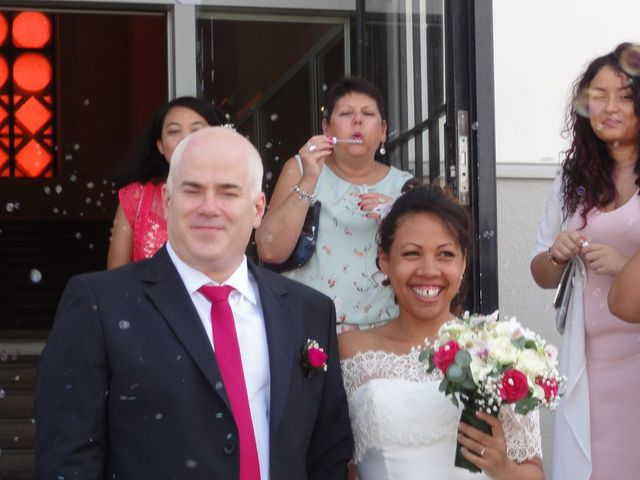 Le mariage de Stéphane et Romina à La Tour-de-Salvagny, Rhône 17