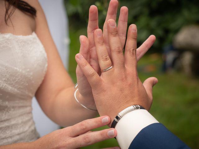 Le mariage de Hervé et Murielle à Pluneret, Morbihan 75