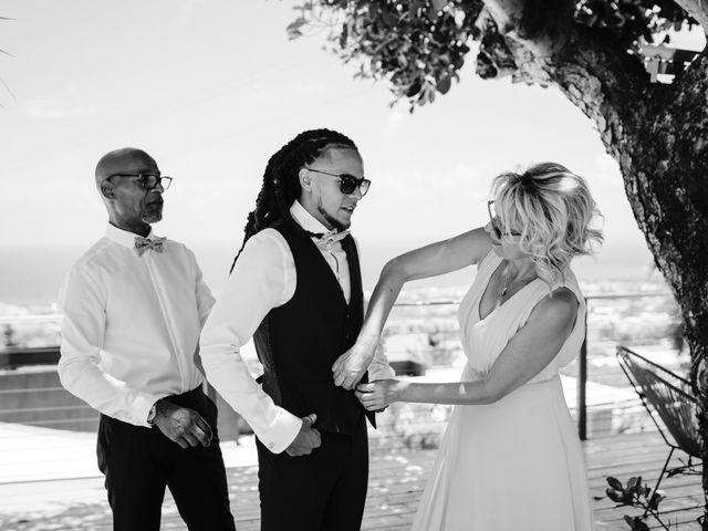 Le mariage de Davy et Julie à Saint-Gilles les Bains, La Réunion 5