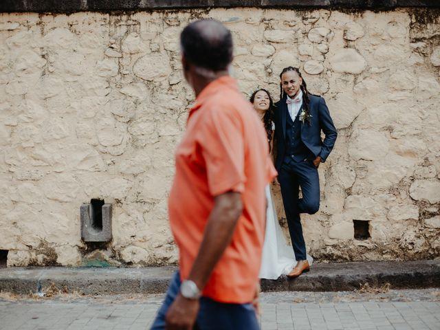 Le mariage de Davy et Julie à Saint-Gilles les Bains, La Réunion 54