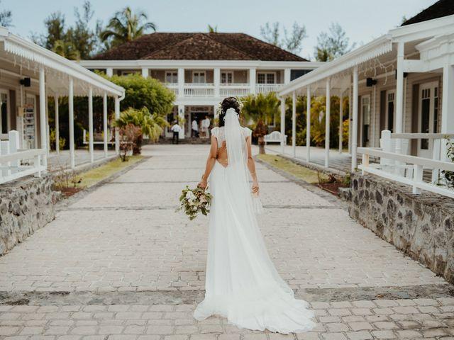 Le mariage de Davy et Julie à Saint-Gilles les Bains, La Réunion 56
