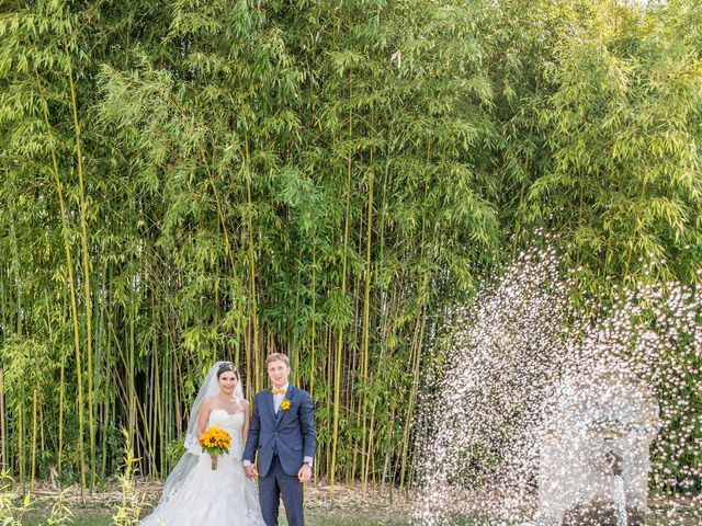 Le mariage de Antoine et Marina à Châteauroux, Indre 21