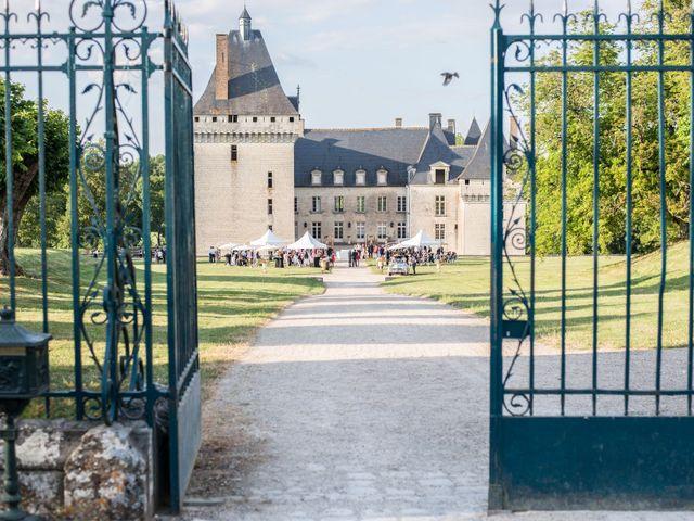 Le mariage de Antoine et Marina à Châteauroux, Indre 32